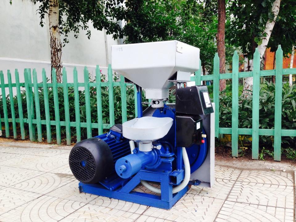 Зерновой экструдер для корма ПЭ-20